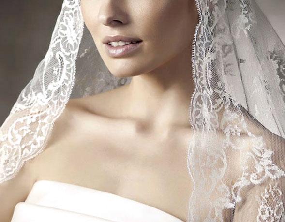 Abiti Da Sposa In Affitto.Noleggio Abiti Da Sposa A Roma Abiti Da Sposa Roma Gerardina Spose