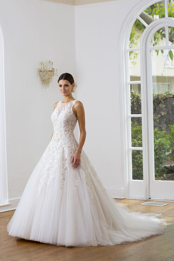 0e36811cf513c Collezione Perla - Abiti da Sposa Roma - Gerardina Spose