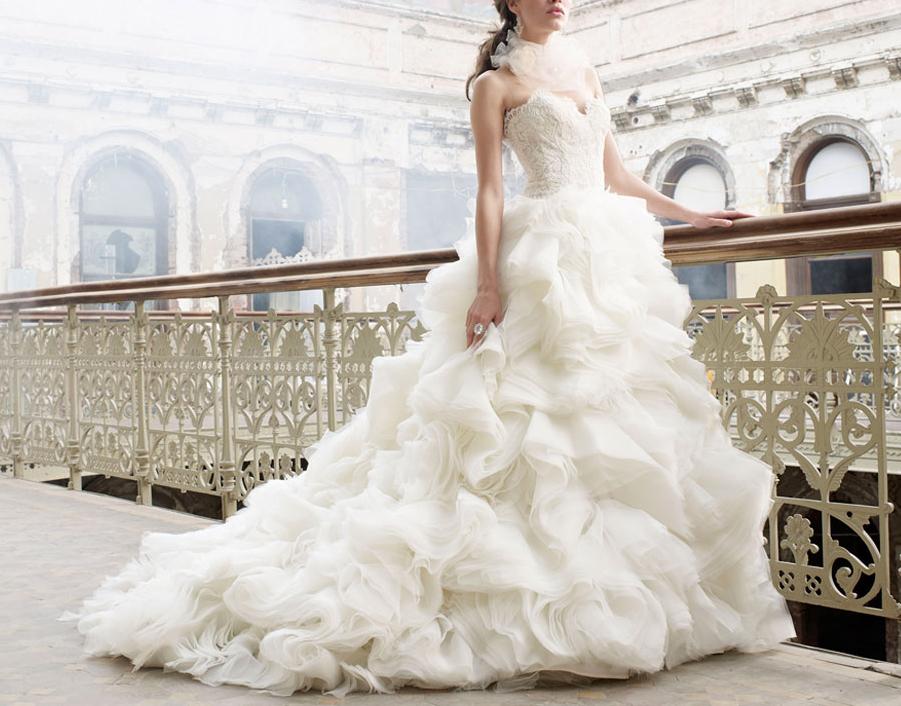 7063521906b0 Gerardina Spose è da sempre icona dell Abito da Sposa Principesco… le sue  creazioni hanno fatto la storia del Wedding-Style italiano che echeggia a  livello ...