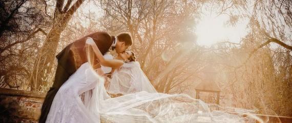 Abiti da Sposa Autunnali… Un Trionfo di Eleganza e Romanticismo
