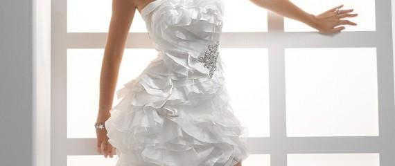 Abiti da Sposa Corti… Eclettici, riciclabili e non solo per il rito civile!